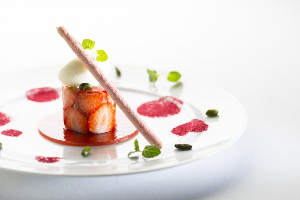 苺のデザート_5184